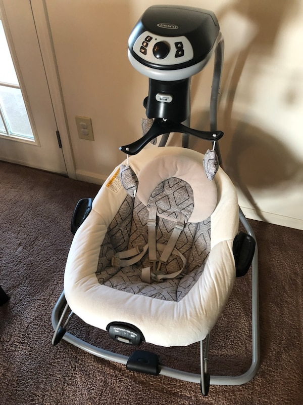 Graco Multi-direction Swing and Bouncer