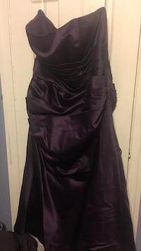 Plum Strapless Gown Size 18 Baltimore, 21229
