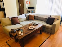 Large comfortable modern sectional couch Santa Monica, 90405