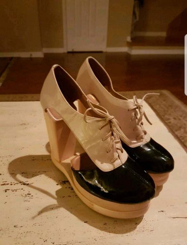 Size 9 Woodies by Jeffrey Campbell  1