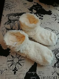 White Fur Microwave Heat Booties Surrey, V3S 9S6