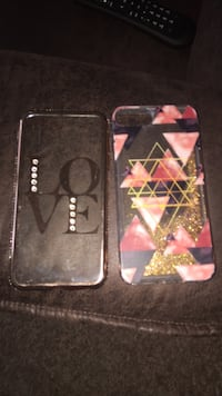Two black and pink iphone cases Valparaiso, 46383