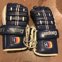 Used Cooper Adult Leather Hockey Gloves $9 obo Mississauga, L5L 1G3
