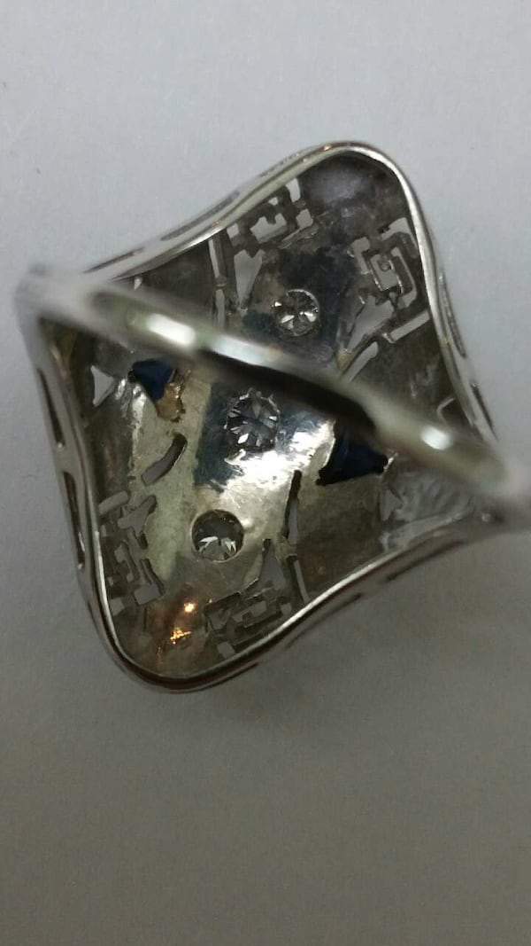 Antique unique 18k white gold. 50ct diamond ring  3