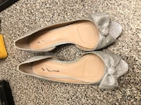 Glitter shoes Used 1 time only. Good condition. Size 8 and half. Look like brand new  Burnaby, V5B