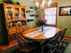 Oak table, six spindle chairs and hutch