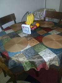 4 chair table Falls Church, 22041