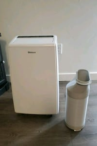 Shinco portable air conditioning unit with remote