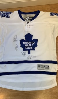 Toronto Maple Leafs Signed Jersey West Vancouver, V7V 3J2
