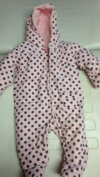 Baby's pink and brown polka-dot pram suit Brant, N3T 0L1