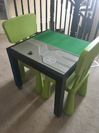LEGO table with two chairs  Milton, L9T