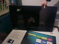 32 inch Hisense TV Brand NEW we couldn't use it paid 198b New