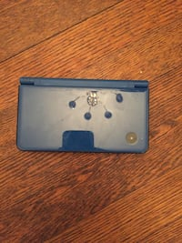 Black and gray nintendo 3ds 69 km