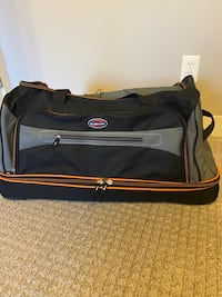 GlobalWay rolling Wheeled Duffel bag Carry On luggage travel