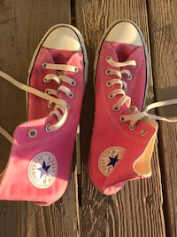 Pink Converse Chuck Taylor High Top Sneakers 8.5 men's / 10.5 women's McLean, 22102