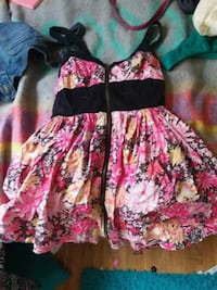 black and pink floral spaghetti strap dress Eugene, 97404