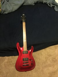 Red and black electric guitar Malvern, 44644