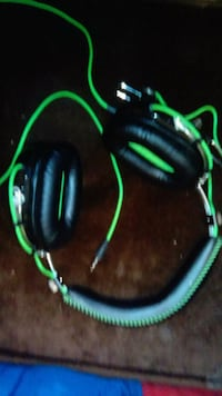 black and green razer headset  Edmonton, T6J 4H3