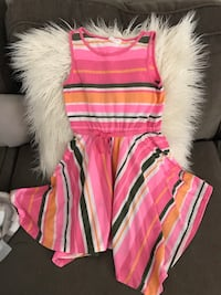 Girls size 7/8, pink and white stripped dress very good condition Tampa, 33647