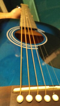 Youth acoustic guitar with case!  Saint Catharines, L2R 5G4