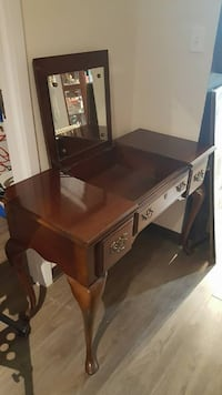 brown wooden vanity table with mirror Niagara Falls