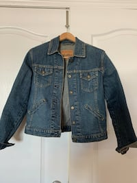New Authentic Levi Strauss Jean denim jacket