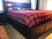 Master suite bedroom set (King size) Fawn Grove, 17321