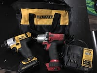 Dewalt/MAC tools 12V lithium ion kit in bag. 3/8 driver, 1/4 driver charger and battery Surrey, V3S 0P5
