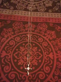 Silver Cross Necklace  Telford, 37690