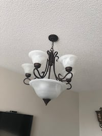 White and black uplight chandelier New Tecumseth, L0G