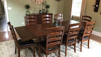 Pottery Barn Dining set- 8 chairs and buffet West Orange, 07052