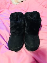 Super cute black shoes kids  Toronto, M1T 1A6