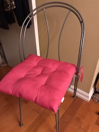 Kitchen Table - 2 chairs- Sturdy- with Pink Cushions Toronto, M9P