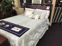 Queen Size Platform Bed  Norfolk, 23502