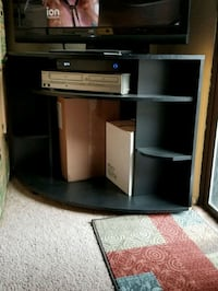 black and brown wooden TV stand Modesto, 95356