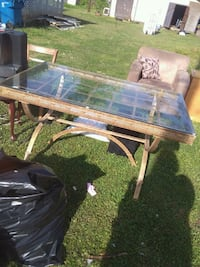 Metal/glass table and chair Jacksonville, 36265