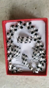 925 stamped silver sterling jewelery set Calgary, T3J 5A1