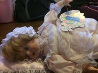 Porcelain doll promenade collection  Newmarket, L3Y 7X7