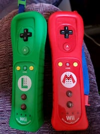 Luigi and Mario Wii controllers 50 for 2