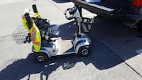 2 year old battery operated scooter (Or best offer) Vaughan, L6A 2X2