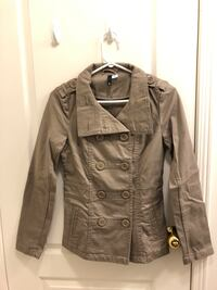 H&M Women's Trench Coat, Tan, Size 4, $30 Mississauga, M5B 2H1