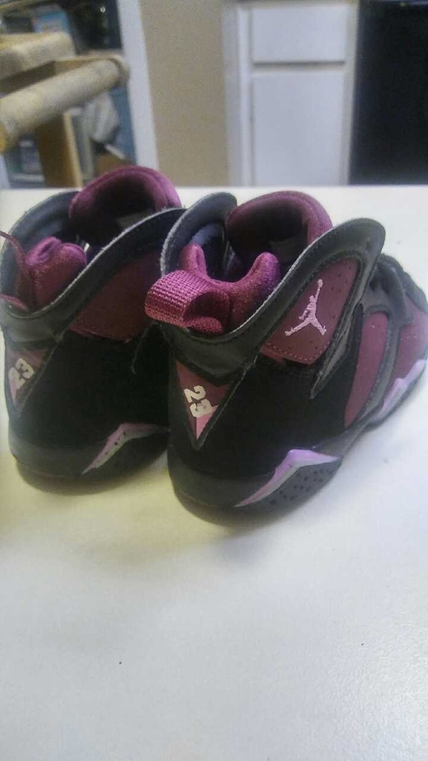 43d62a903 Used Baby Jordan purple and black shoes like new size 8 for sale in ...