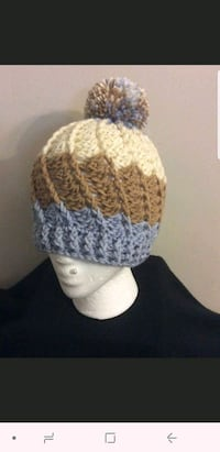 Crochet hat with pompom Silver Spring, 20902