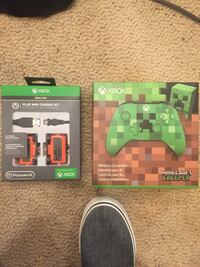 Minecraft Xbox One Wireless Controller and Play and Charge Kit 34 km