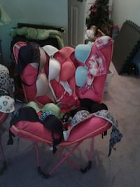 bras lot and pink camping chair Houston, 77069