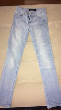 Celebrity Pink youth jeans size-8   fair condition Montgomery, 36117