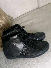 Womens boots size 37 Burnaby, V3N 3T5