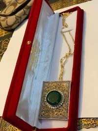 22k gold plated pandant with emerald and ziricons  Mississauga, L5V 1R4