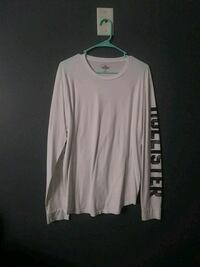 white and black Hollister crew-neck long-sleeved shirt Myrtle Beach, 29579