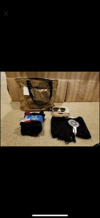 GREAT HOLIDAY GIFTS--NEW Bag, Sunglasses, Scarf/Gloves, 10 Pair Socks , 08879